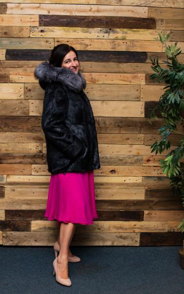 Шуба куртка пиджак из нутрии с капюшоном из чернобурки