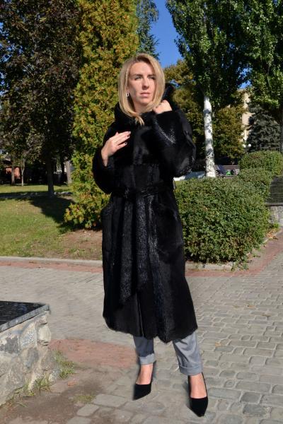 Пальто шуба из плюшевой и стриженой нутрии