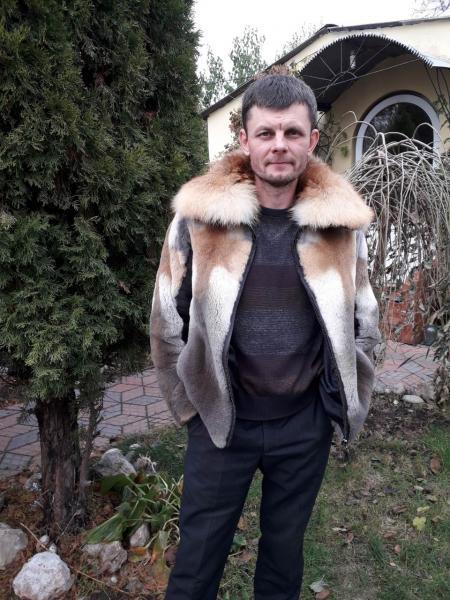 Мужская куртка из плюшевой лисы и кожи оленя