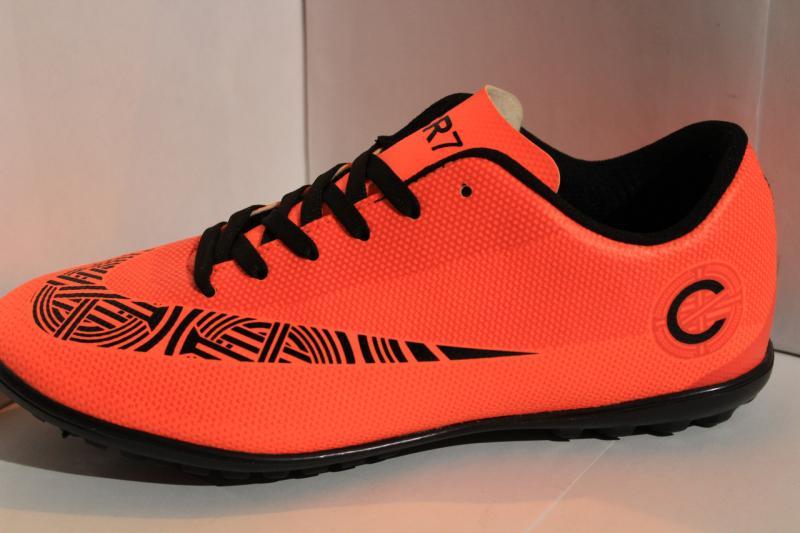 Футбольные кроссовки(копы) Nike CR7 сороконожки на шнурке для игры в футбол на шнуровке оранжевые Оранжевый, 44