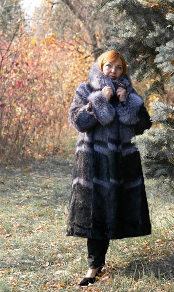 Шуба пальто свингер из нутрии большие батальные размеры