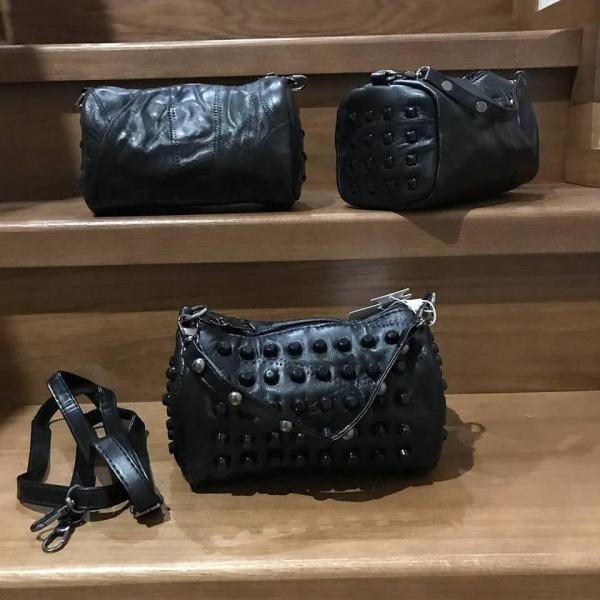 Женская сумка из натуральной кожи черная 0056-01