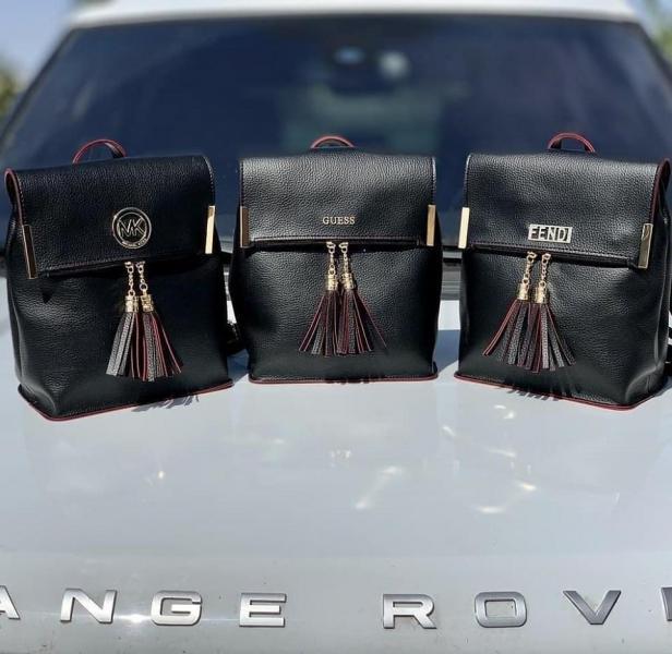 Сумка-рюкзак в разных цветах Код0160