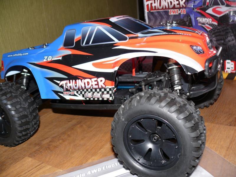 Машинка монстр, радиоуправляемая масштаб 1/10 , ZD Racing ZMT-10 4WD. Длина 45 см. Скорость 60 км/ч.