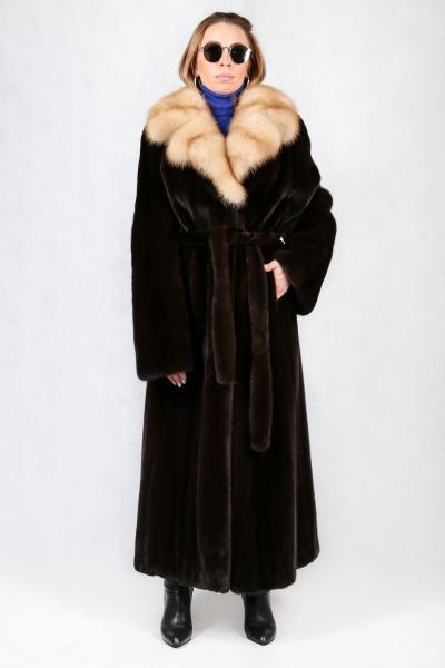 """45. """"Английское пальто"""" из норки высшего сорта с натуральной куницей на вороте"""