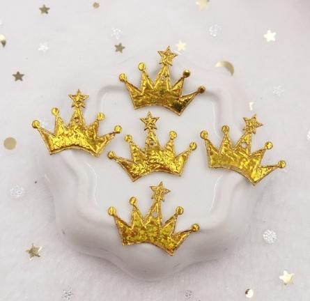 Фото Серединки ,кабашоны, Кабашоны, камеи Тканевая  заготовка  23 * 18 мм . с  Золотым  блестящим  покрытием  . Корона  с  звёздочкой .