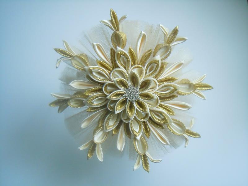 Фото Готовые изделия хенд мейд, Ободки хенд мейд Оруч для волос  со снежинкой ,цвет шампань с золотом