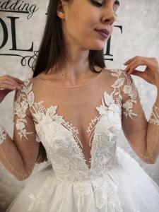 Фото Свадебные платья Пышное белое свадебное платье с блеском Бьянка