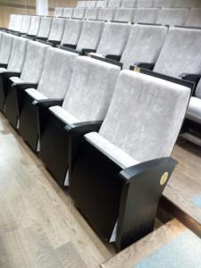 Фото Кресла для актовых залов школы, колледжа, клубов, конференц-залов, Домов культуры, театров и кинотеа Кресло для зрительного зала театра, кинотеатра, концертного зала