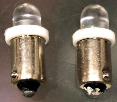 Лампа LED панели приборов Т9 с цоколем 2шт