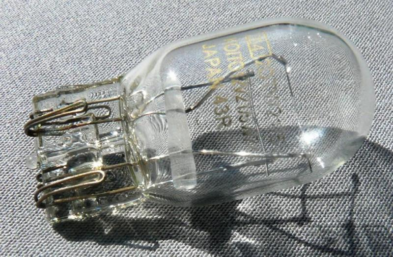 Лампа стопа без цокольная Т20 12V21/5W