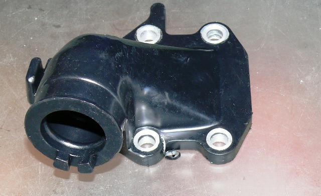 Патрубок карбюратора 27V