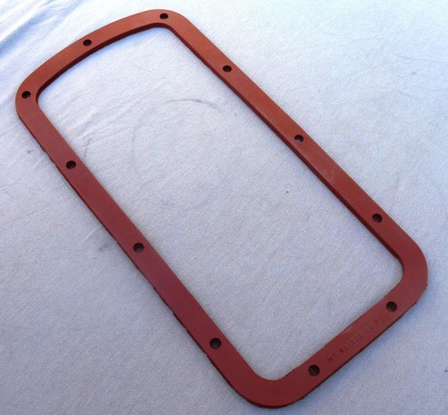 Прокладка поддона МТ красная МТ-801525