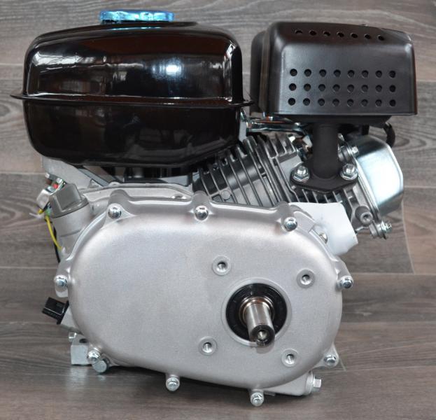 Двигатель бензиновый с понижающим редуктором и сцеплением BIZON 170С 7.5 л.с. вал 20 мм под шпонку