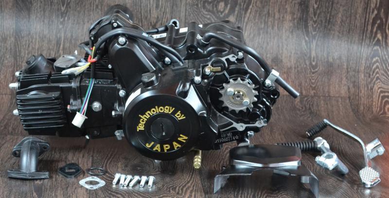 Двигатель на мопед Альфа; Дельта 110 куб, полуавтомат ( черный )