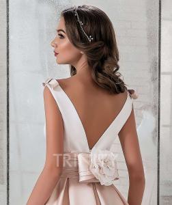 Фото Свадебные платья Атласное свадебное платье Королевский бал