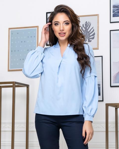 Стильная блуза с длинным рукавом