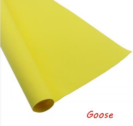 Фото Экокожа  с  глитером ,  и  Фоамиран  гладкий  и  с  глитером ,  Фоамиран Жёлтый , производитель Корея, толщина 0,9 - 1,2 мм , хорошо поддаётся обработке, лист 50 х 50 см