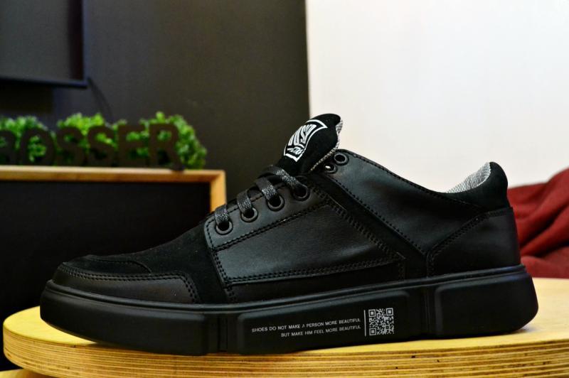 Мужские кожаные  кроссовки 002 черные