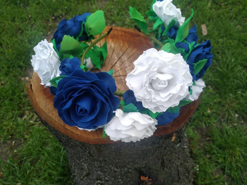 Фото Готовые изделия хенд мейд, Ободки хенд мейд Венок с розами сине-белый