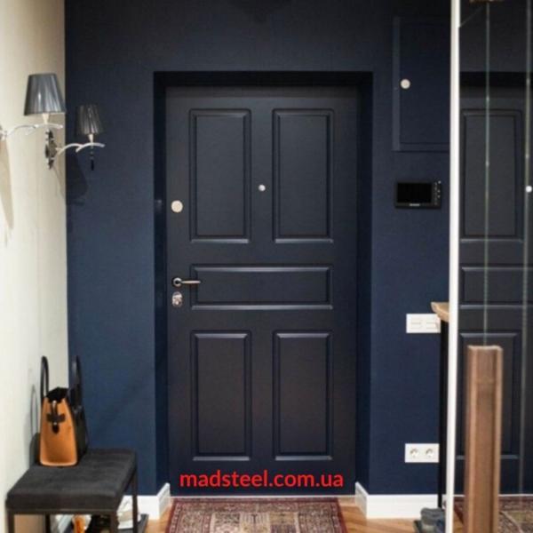 Фото Двери в интерьере Входная дверь Heler
