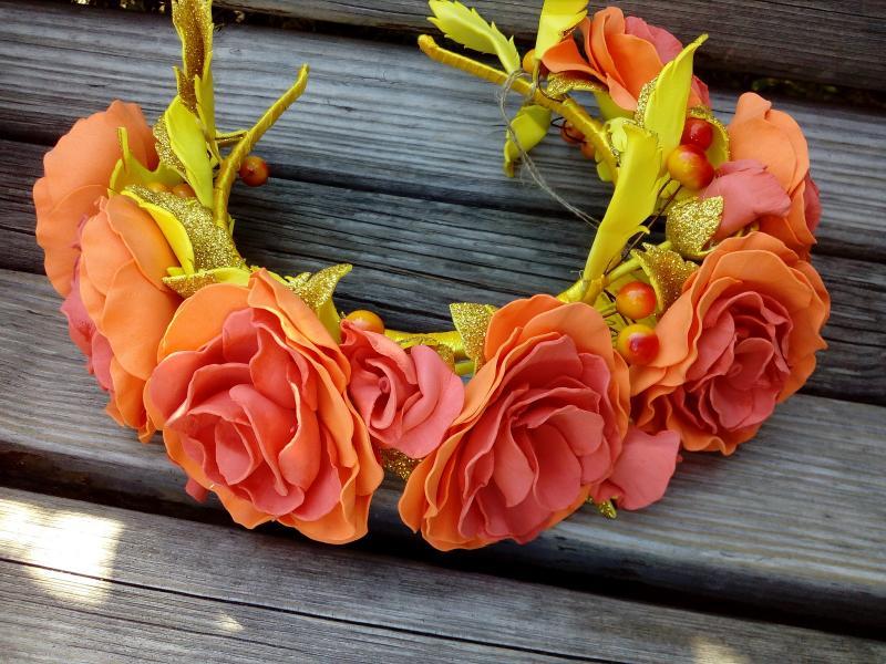 Фото Готовые изделия хенд мейд, Ободки. венки украинские хенд мейд Венок с розами оранжевый