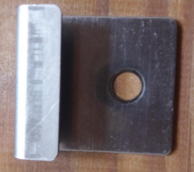 Фото Комплектующие для террасной доски Кляймер стартовый металлический террасной доски 6мм, 8мм