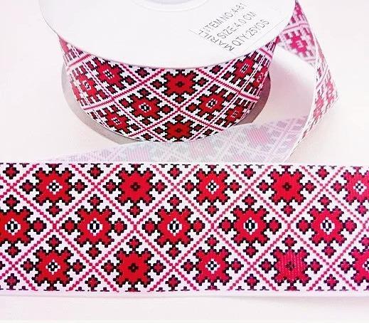 Фото Новинки Репсовая  лента  4 см.  белая  с  орнаментом   в  Красных  ромбах .