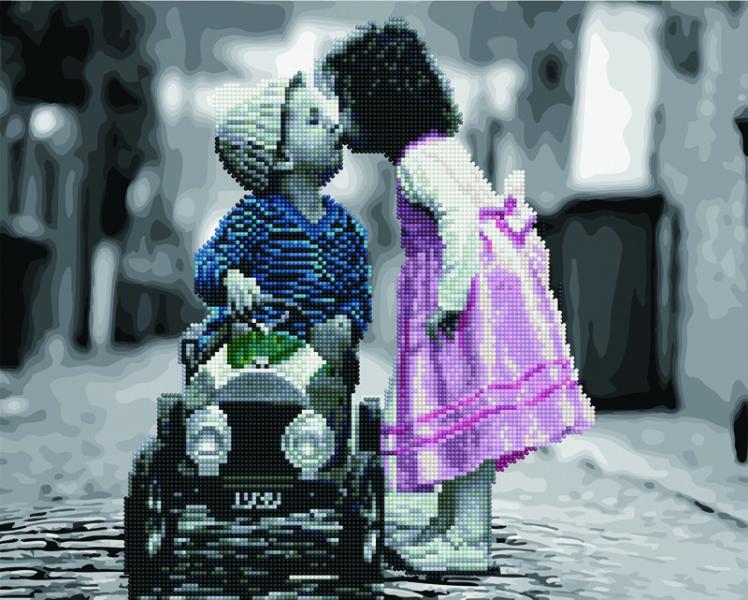 Фото  GZS 1075 Первый поцелуй Алмазная картина-раскраска (смешанная техника)