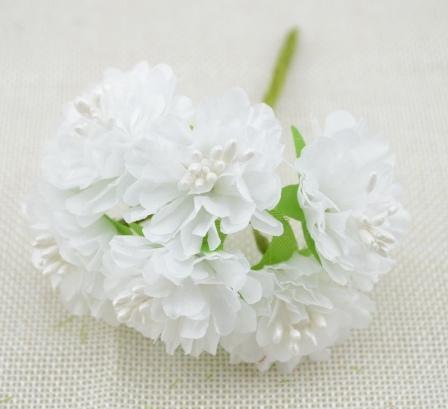 Фото Цветы искусственные, Цветы тканевые Хризантема  из  тонкой  ткани  Белого  цвета , цветок  3,5 см.  Упаковка  6 шт.