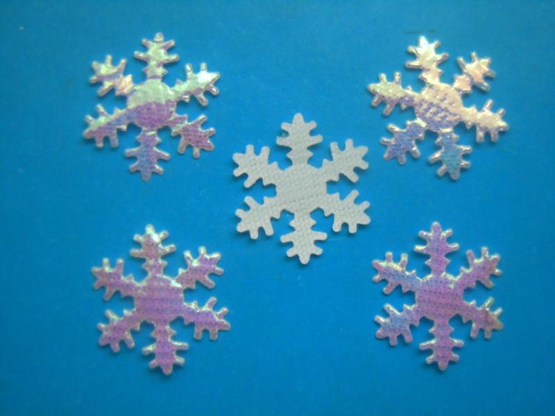 Фото Вязаный ,тканевый  декор . помпоны Снежинка  тканевая  20 мм.  с  радужным  блестящим  покрытием .