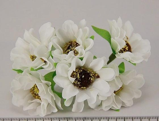 Фото Цветы искусственные, Цветы тканевые Ромашки  тканевые  4 см.  Белого  цвета  на  проволоке . Упаковка  6 шт. ( пучёк )