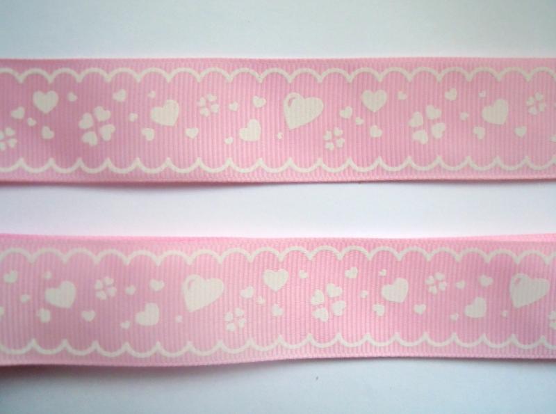 Фото Новинки Репсовая  лента  2,5 см.   Светло - Розовая  с  белым  рисунком .