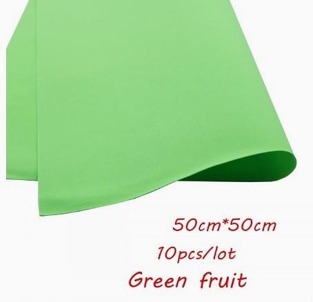 Фото Экокожа  с  глитером ,  и  Фоамиран  гладкий  и  с  глитером ,  Фоамиран  50 * 50 см.   толщина  1 мм.   Светло - Зелёный.