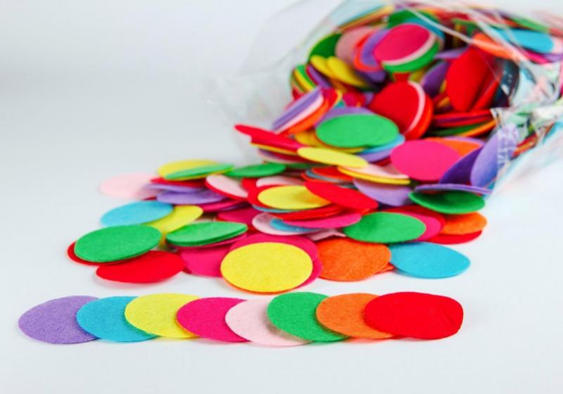 Фото Фетр и фетровые кружочки Кружочки  фетровые 4 см.  Разноцветные , в  смешении  8 цветов.  Упаковка  50 шт.