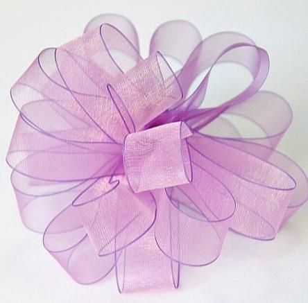 Фото Новинки V I P лента Органза 4 см. Фуксия , розово - сиреневого цвета с переливом и Сиреневой окантовкой по краям.