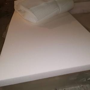 Фото Поролон, синтепон, синтепух (холлофайбер), Мебельный поролон, Поролон  EL 28/42 Поролон листовой мебельный EL28/42 1,4х2м  толщина 100мм