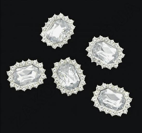 Фото Новинки Металическая  серединка  21 * 17 мм.   Серебро  с  белыми  стразами  и  Белым  камешком.