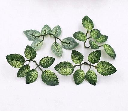 Фото Цветы искусственные, Цветы тканевые Декоративные листики Розы 3,5 * 2,5 см. и 3 * 2 см. на веточке 12 * 6 см. Упаковка 5 веточек.