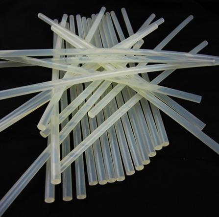 Фото Новинки Силиконовый , универсальный , полупрозрачный клей 7 мм.  Длина палочки  30 см.