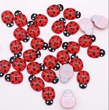 Фото Новинки Акриловые , пластиковые  Божьи  коровки   13 * 9 мм.   Красного  цвета .