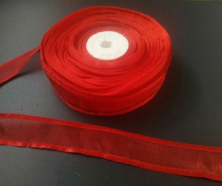 Фото Ленты, Лента органза с атласными и декоративными  краями  Органзовая лента с атласными краями. цвет красный , ширина 2.5 см .