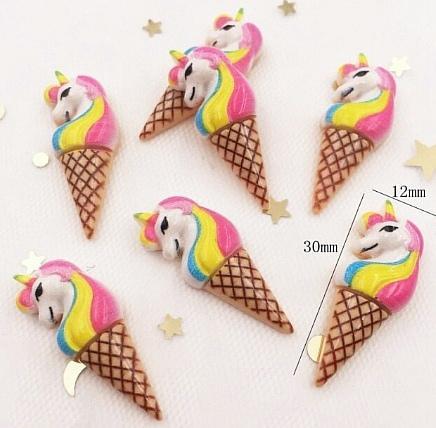 Фото Серединки ,кабашоны, Кабашоны детские мультики Кабошон  30 * 12 мм.  Единорожек  мороженко .