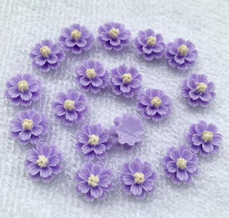 Фото Серединки ,кабашоны, Кабашоны, камеи Цветок 13 мм. Пластиковый , акриловый ,  Сиреневого  цвета.