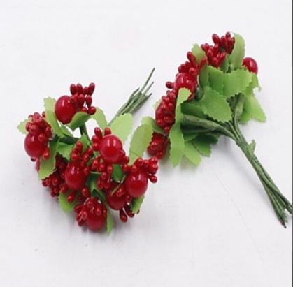 Фото Тычинки , добавки,ягодки Тычинки на веточке глянцевые  с  бусинкой . Тёмно - Красные  с листиками. Упаковка 10 веточек