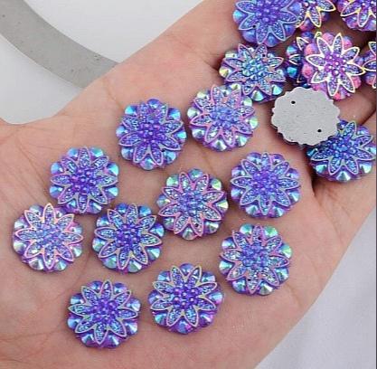 Фото Серединки ,кабашоны, Кабашоны, камеи Акриловая , пластик- кристал  серединка  18 мм.   Сиреневая  , хамелион .